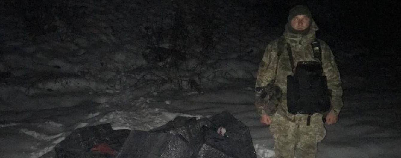 Закарпатські прикордонники пострілами зупиняли контрабандистів