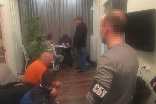 """На Дніпропетровщині викрили групу осіб, які доправляли в """"ДНР"""" продукти харчування"""