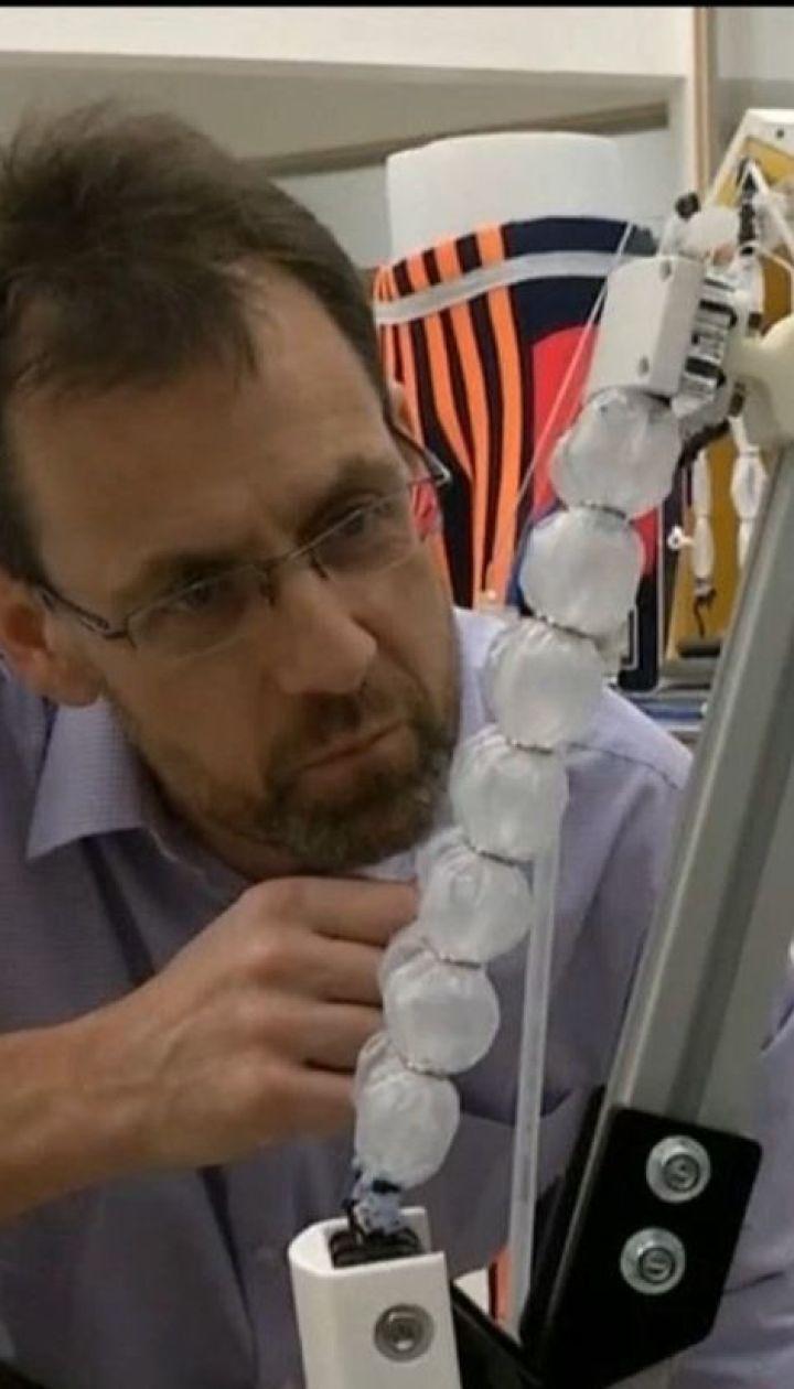 """Инженеры разработали """"роботизированные штаны"""", которые будут помогать пожилым вставать и ходить"""