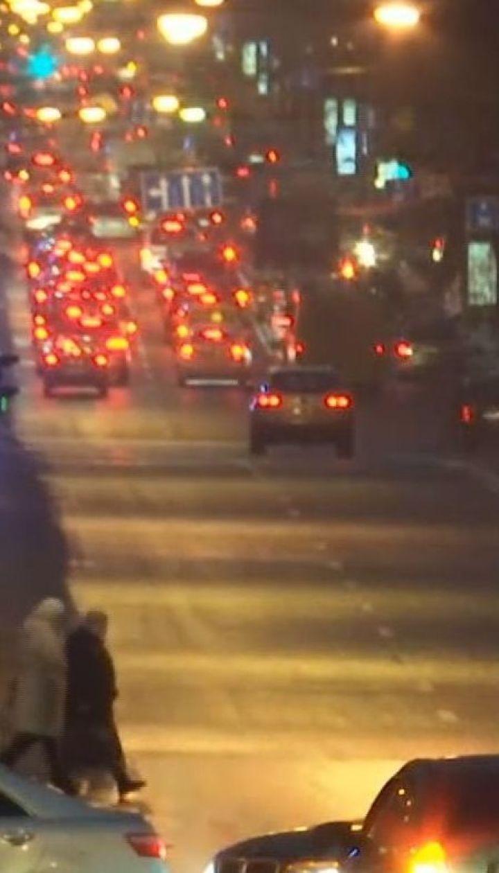 Затори у Києві: ТСН проінспектувала ситуацію на столичних дорогах