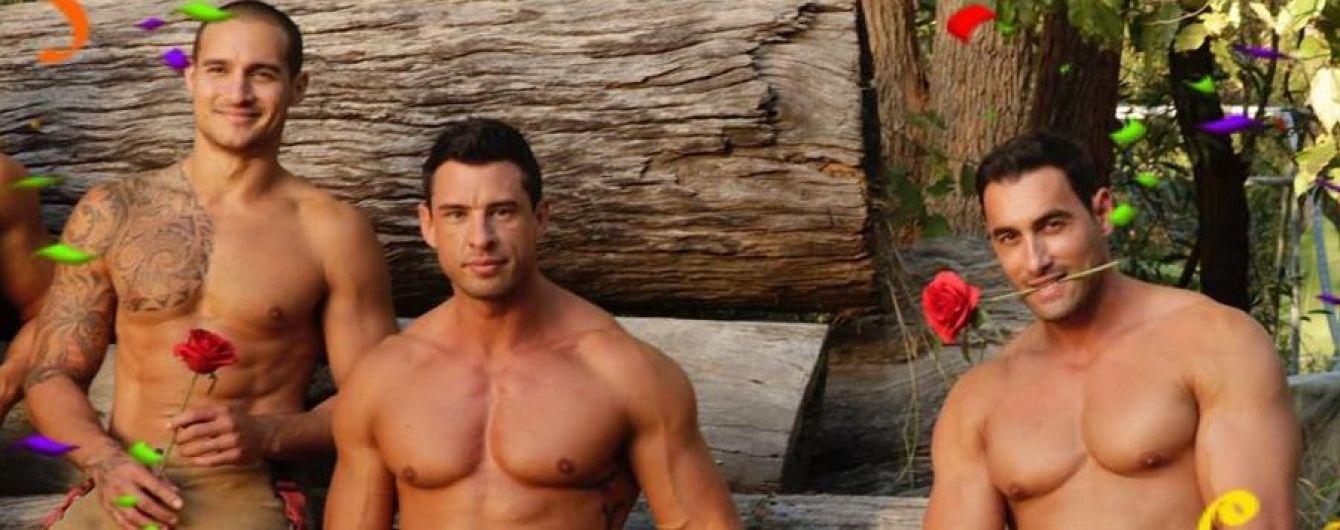 Австралийские красавцы-пожарные поздравили с Новым годом жарким фото