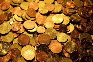 Курс валют 20 февраля: евро резко подешевело. Инфографика