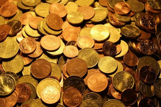 Курс валют 20 лютого: євро різко здешевшало. Інфографіка