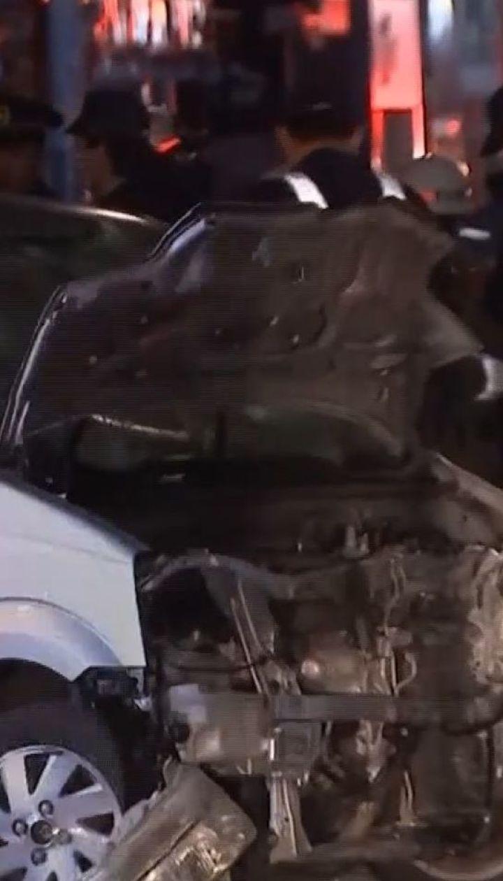 Теракт в Токио: 21-летний парень на автомобиле въехал в толпу