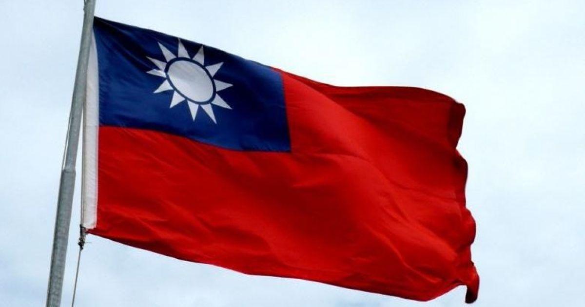 В Тайване турист нарушил изоляцию на 8 секунд и получил штраф в 3500 долларов