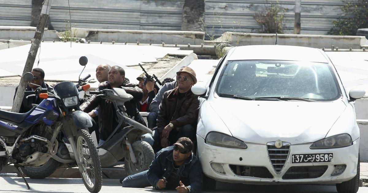 У Тунісі звільнили всіх заручників @ Reuters