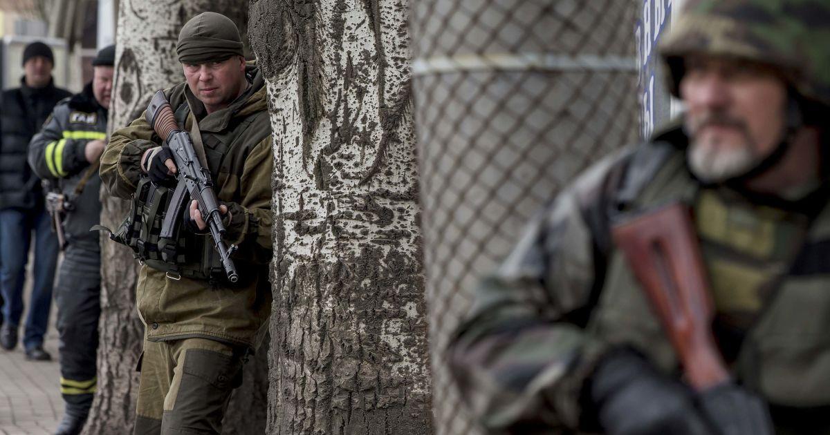Доба у зоні АТО: тиша на передовій та розбірки бойовиків у Донецьку