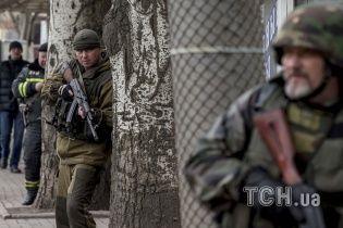 В оккупированном Донецке боевики проводят активную перегруппировку сил и бронетехники