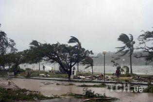 На крошечную страну в Тихом океане надвигается разрушительный ураган