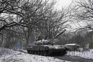 """Боевики активно стягивают под Мариуполь тактические резервы, """"Грады"""" и бронетехнику"""