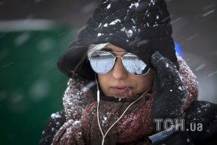 У четвер Україну притрусить мокрим снігом