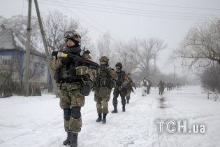 Сили АТО борються за Вуглегірськ, під обстрілом бойовиків загинули 7 мирних жителів
