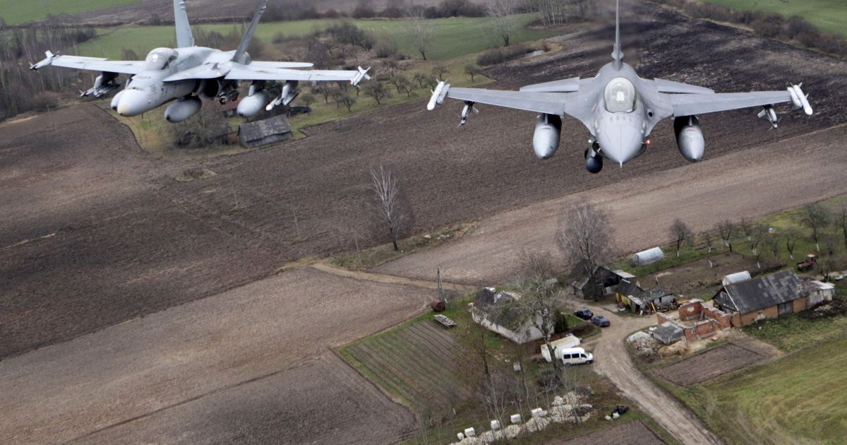 НАТО разрешило своим пилотам стрелять по российским самолетам в Сирии - СМИ