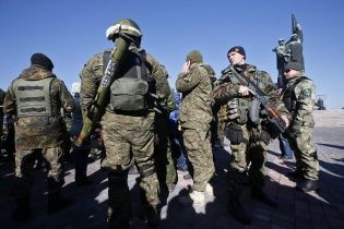 У Свердловську містяни повстали проти бойовиків, найманці розганяють мітинг автоматами