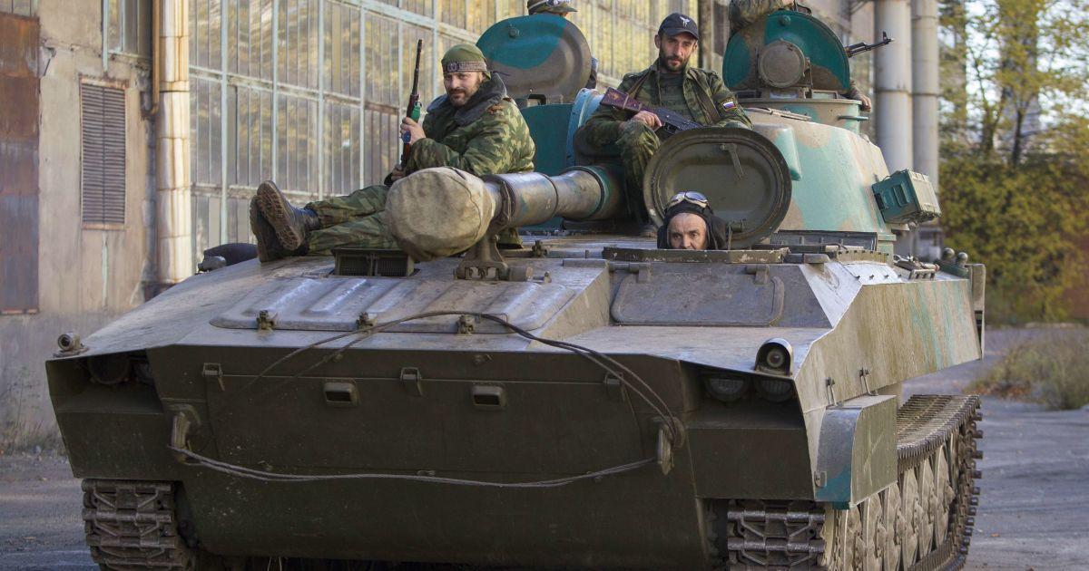 Обострение боевых действий возле Донецкого аэропорта и рекордный артобстрел у Сизого. Карта АТО