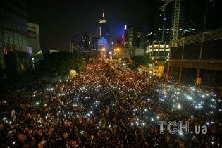 Від Києва до Гонконгу. ТСН.ua запустив сайт на підтримку Революції парасольок
