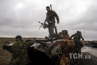 """Танки боевиков """"ДНР"""" подорвались на своей мине под Мариуполем"""