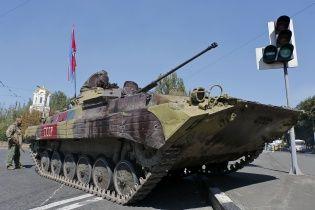 Бойцы 93-й бригады сняли на видео уничтожение БМП донецких боевиков