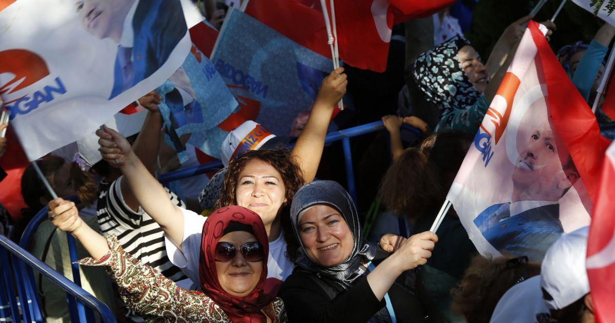 В Турции проходят первые всенародные выборы президента @ Reuters