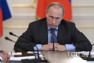 """В четверг Путин высадится в Крыму с """"массовым десантом из власти"""""""