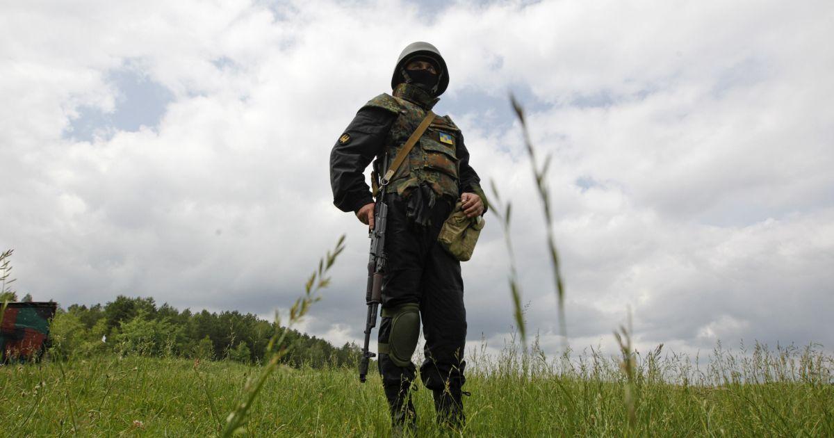 У Порошенко сообщили о потерях среди бойцов АТО за минувшие сутки