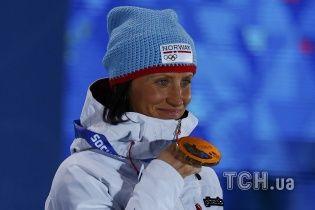 """Легендарную норвежскую лыжницу могут лишить """"золота"""" Олимпиады в Сочи"""