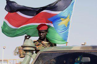 В Судане разбился вертолет. Погибли по меньшей мере семь чиновников