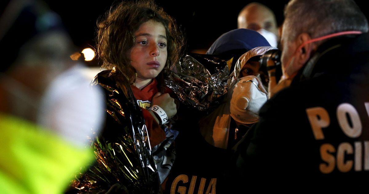 У Сицилійському каналі триває масштабна рятувальна операція @ Reuters