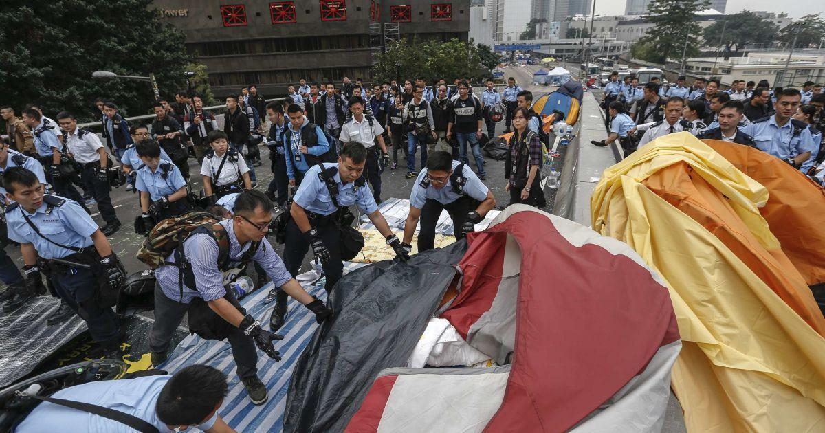 "У Гонконзі завершилася ""революція парасольок"". @ Reuters"