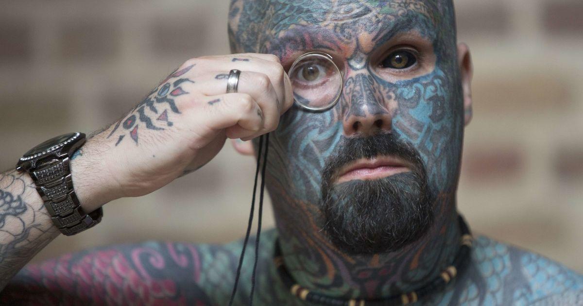 340 мастеров набивали татуировки всем желающим. @ Reuters