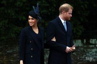 С головы до ног в Victoria Beckham: образ герцогини Сассекской Меган на рождественской службе