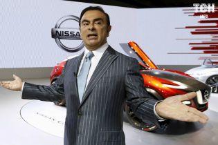 Суд Японии неожиданно решил отпустить одиозного экс-главу Nissan
