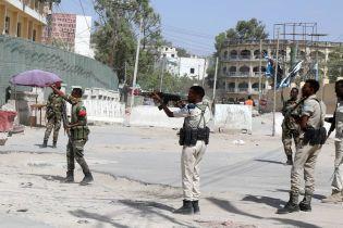 Під час теракту в столиці Сомалі загинули понад 10 людей