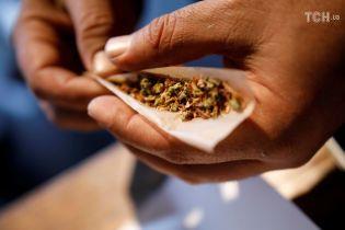 Ученые обнаружили, что марихуана меняет генетический код спермы