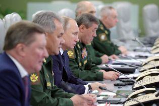 """""""Большое событие в жизни страны"""". Путин похвастался первым в мире сверхзвуковым видом вооружения"""