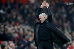 """Форвард """"Манчестер Юнайтед"""" выиграл круглую сумму из-за увольнения Моуринью"""