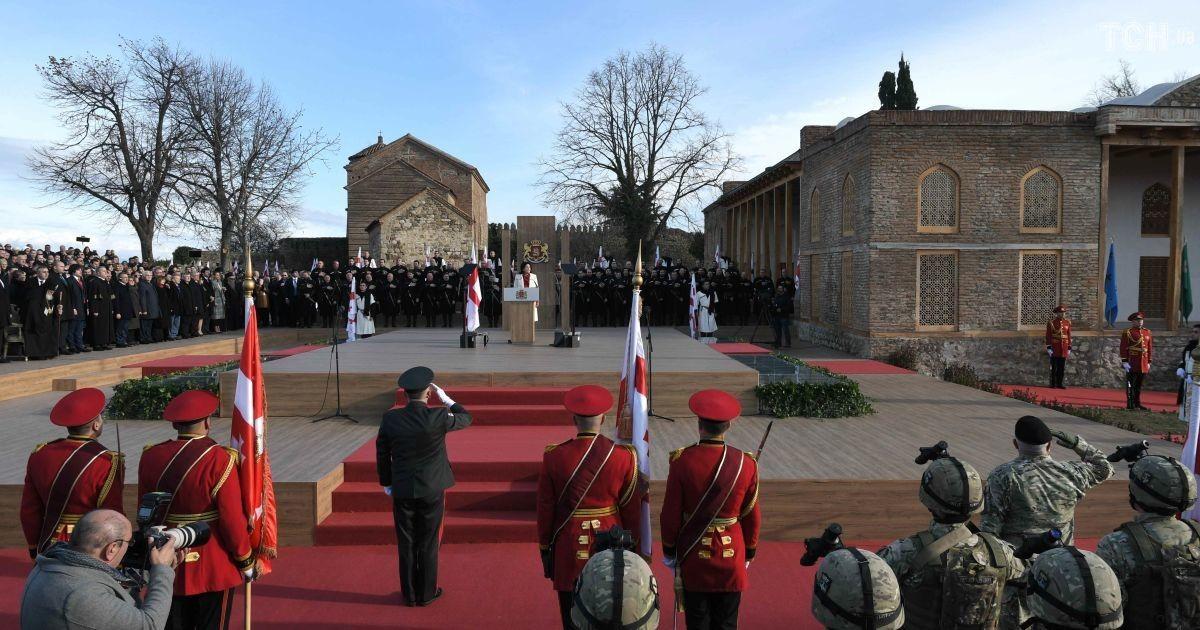 Зурабишвили официально вступила в должность президента Грузии