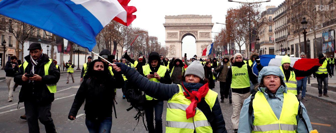 """Количество погибших """"желтых жилетов"""" во Франции снова выросло"""