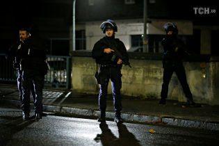 В Вене неизвестные устроили вооруженное нападение в церкови, есть раненые