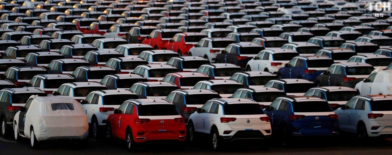 Євросоюз готується взяти автогігантів в екологічні лещата