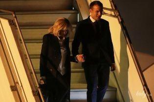 Выбрала классику: Брижит Макрон с мужем приехала в Аргентину