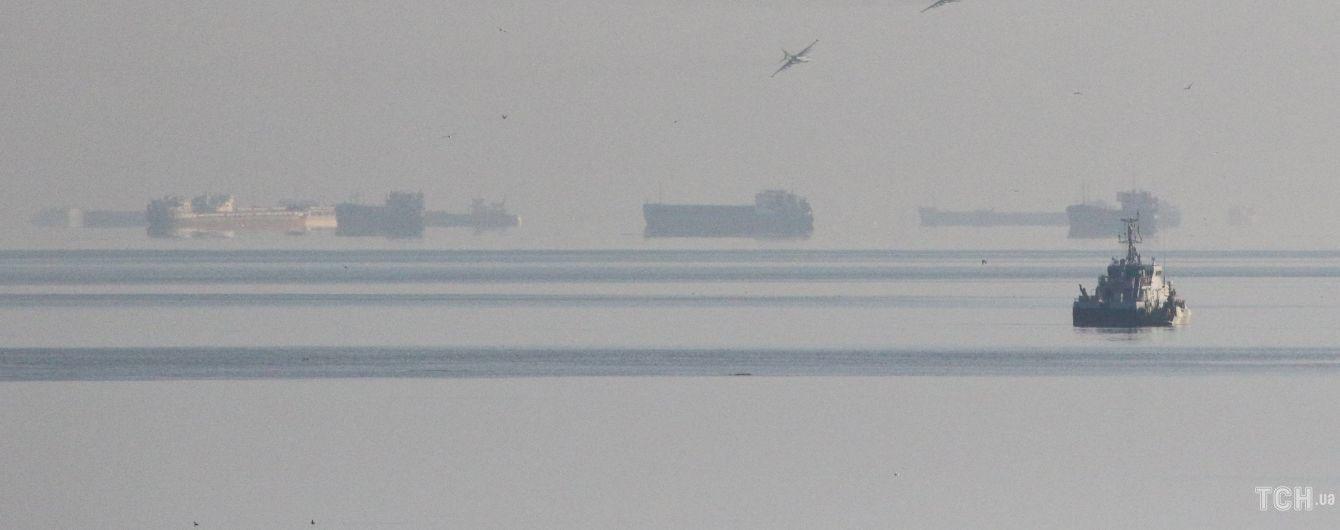 ФСБ молчит о захвате украинских кораблей в Азовском море