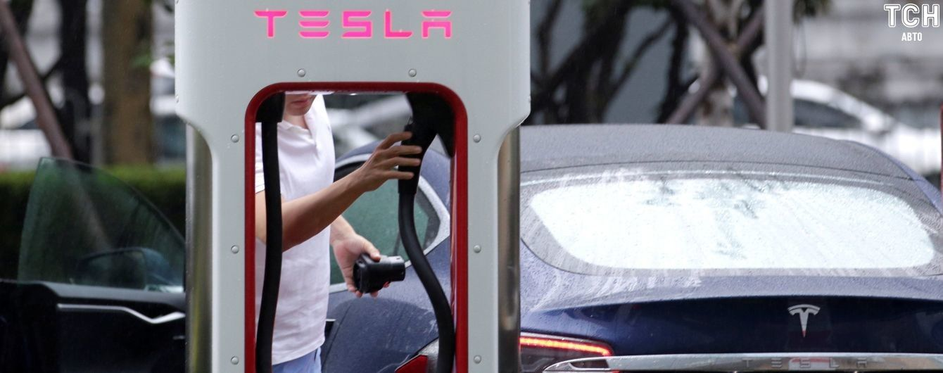 Tesla знижує ціни на електрокари у Китаї, нехтуючи непосильними акцизами