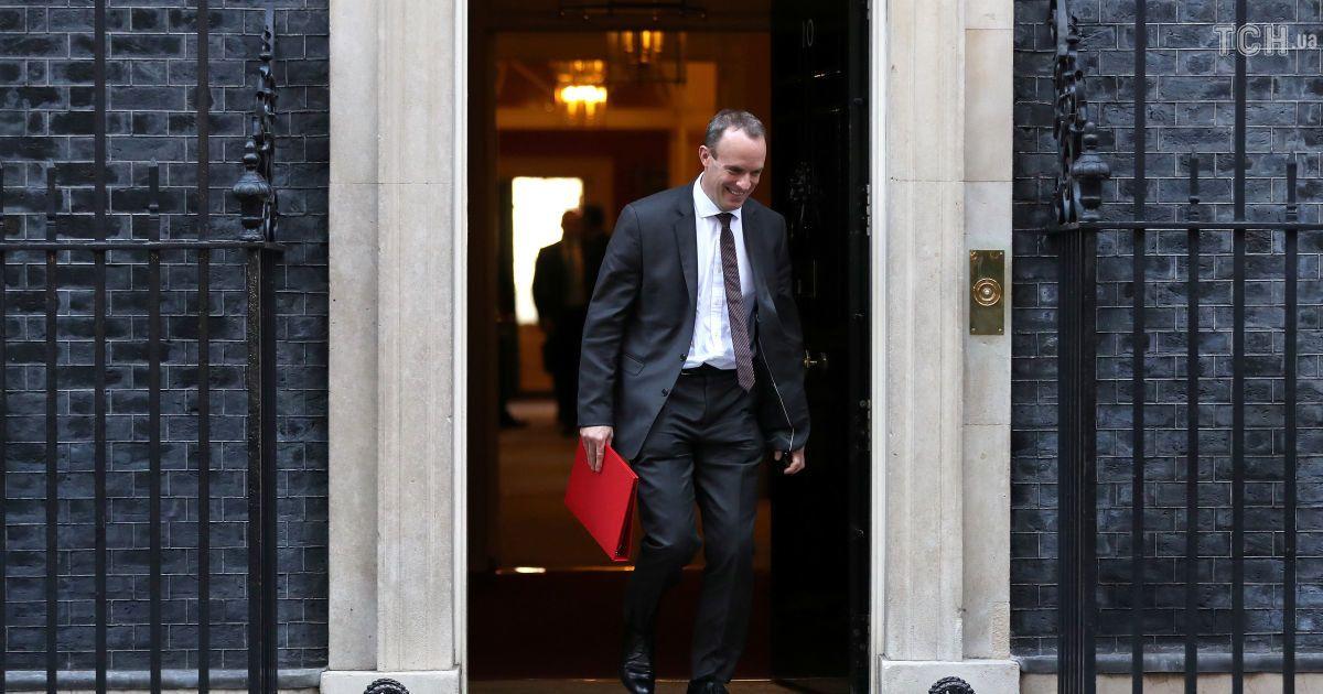 Министр по вопросам Brexit Великобритании подал в отставку