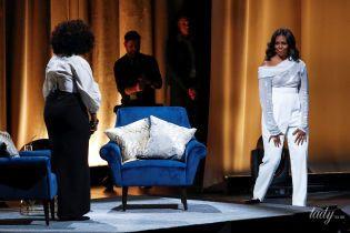 В прозрачной блузе и ярких лодочках: новый сексуальный образ Мишель Обамы