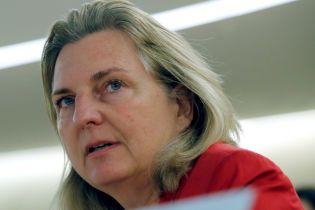 Глава МИД Австрии отменила визит в Россию из-за шпионского скандала с военным
