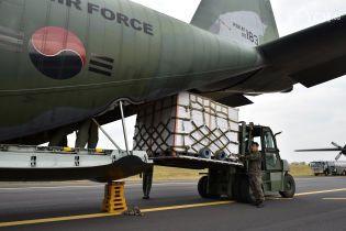 Сладкий жест дружбы: Южная Корея направила в КНДР 200 тонн мандаринов