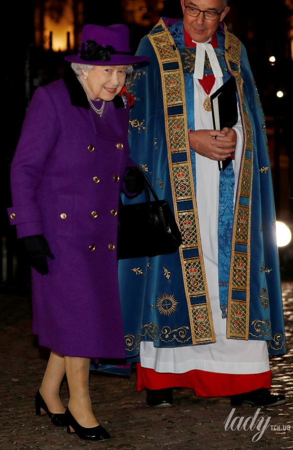 Королева Елизавета II_18