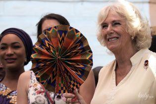 Не оригинальна: герцогиня Корнуольская снова вышла в свет в любимой тунике