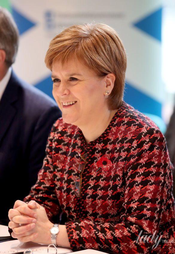 Первый министр Шотландии Никола Стерджен_7